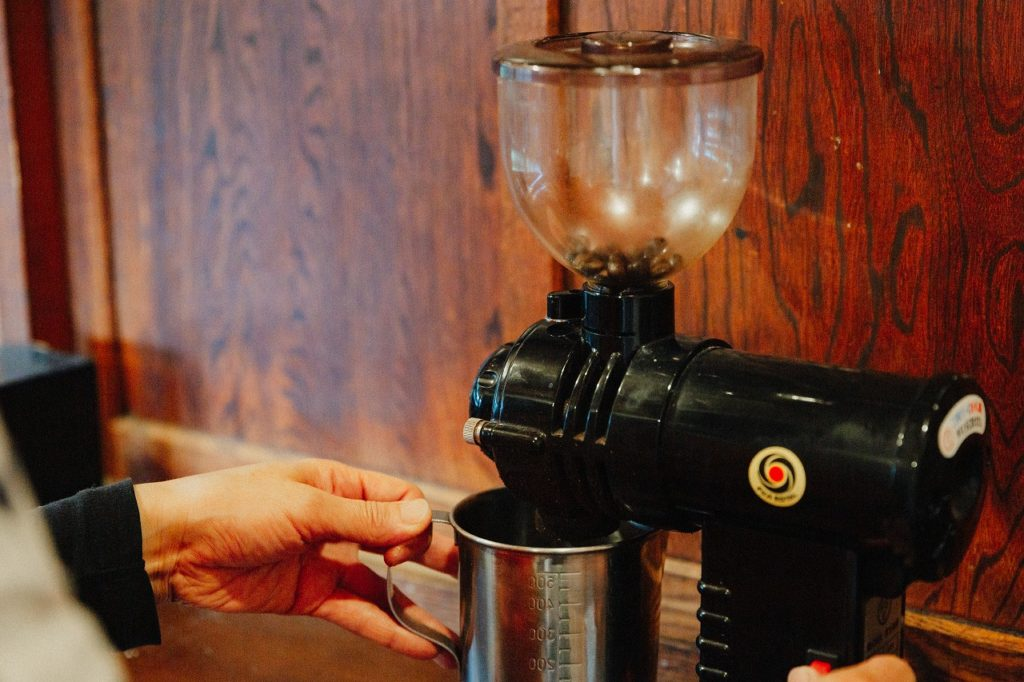 【コーヒーの基礎知識】コーヒー豆の『挽き具合』どれくらいがいいの?