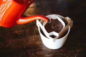 【簡単で便利】ドリップバックコーヒーをもっと美味しく淹れるコツ