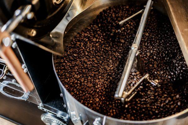 【まいにち飲めるコーヒーのつくりかた】ヤマとカワ珈琲店の焙煎方法を公開します